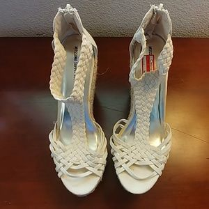 Mossimo Supply Co. Shoes - Cream Wedges